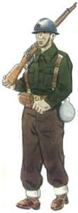 Soldado infantería ejército popular en uniforme de campaña